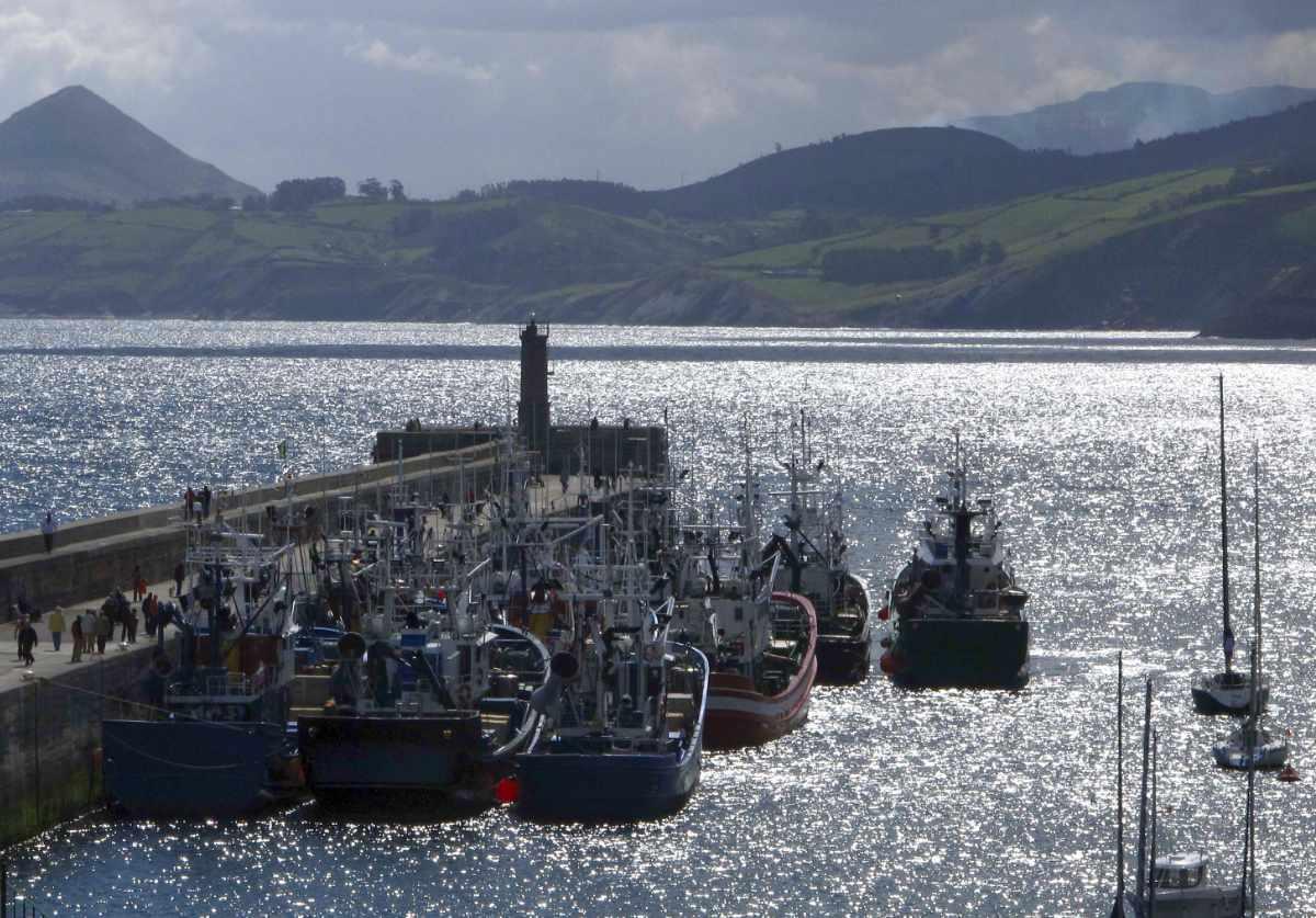 Barcos de pesca del Cantábrico